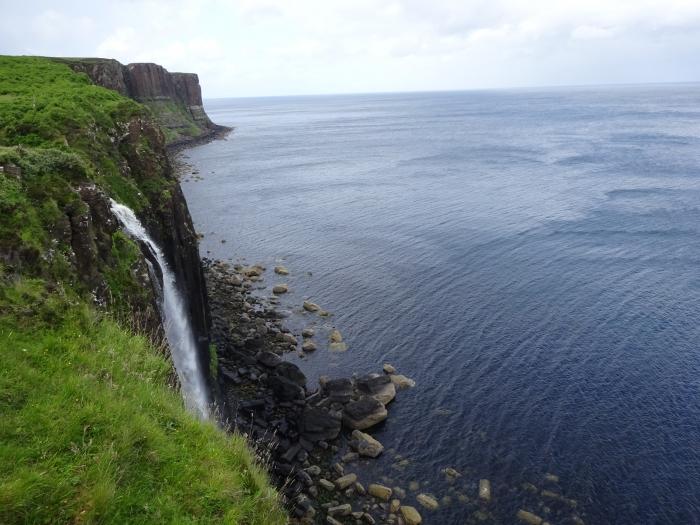 mealt-waterfall-kilt-rock