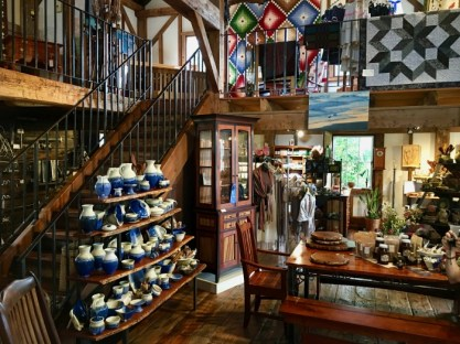 Homestead Heritage gift shop