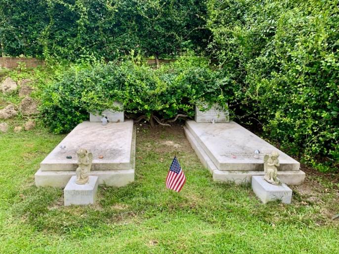 Duane Allman Berry Oakley graves - Explore History and Music in Macon, Georgia