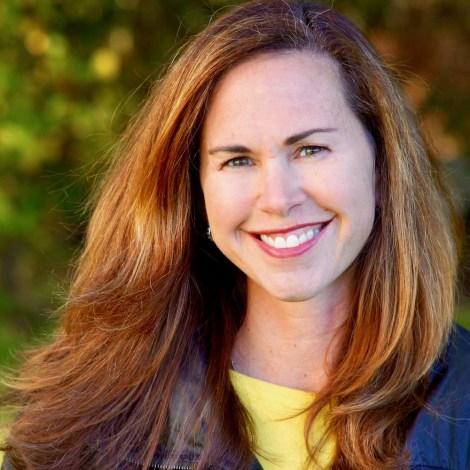 Dana of Dana Freeman Travels