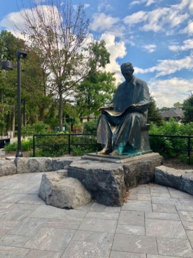 Nikola Tesla monument - 3 Awe-Inspiring Niagara Falls USA Attractions