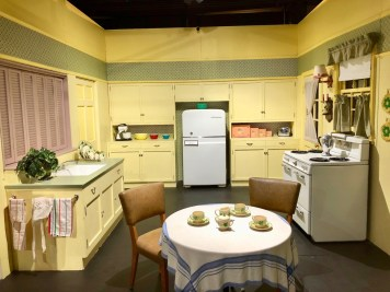 I love lucy kitchen set