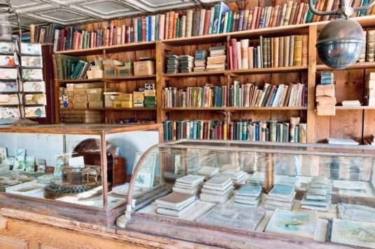 Virginia City Printshop interior bookshelves