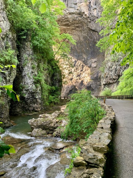 Natural Bridge Cedar Creek