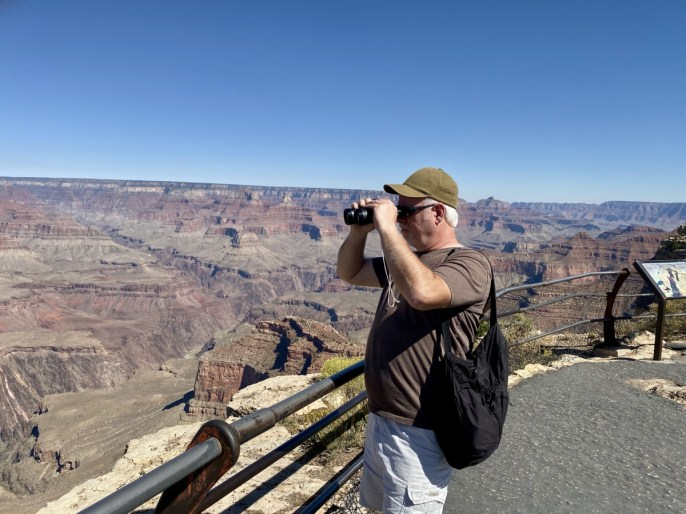 Howard Grand Canyon binoculars - Take the Train to Grand Canyon National Park: An Insider's Guide