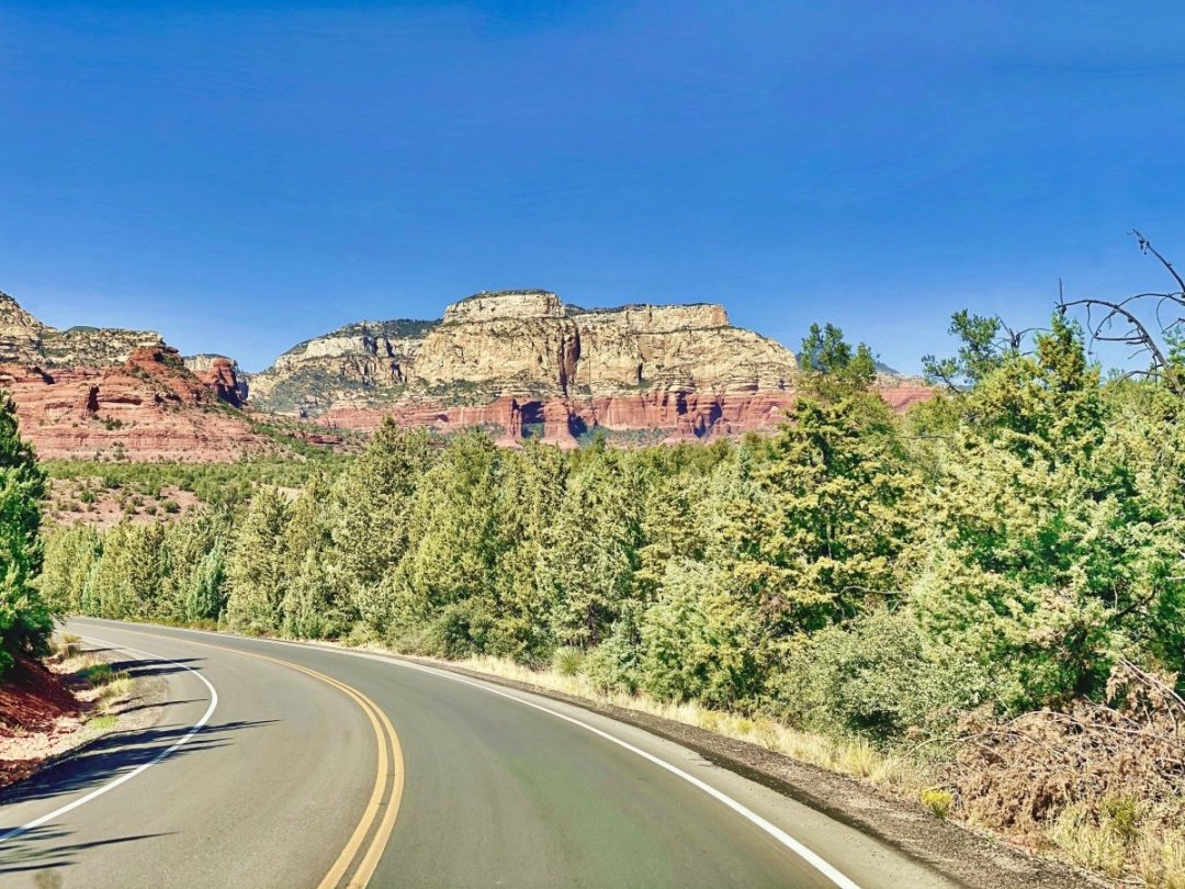 Pink Jeep Tour road - 3 Stunning Sedona Scenic Drives