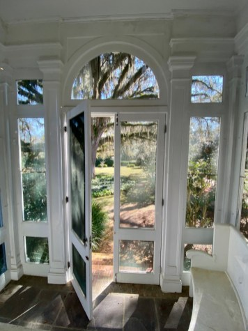 Pebble Hill screened porch - Encounter Historic Quail Hunt Plantations in Thomasville GA
