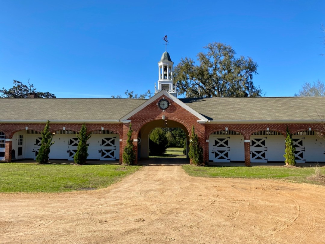 South Eden stables - Encounter Historic Quail Hunt Plantations in Thomasville GA