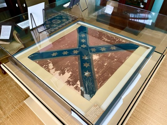 Fendall Hall Confederate flag - Outdoor & Historical Things to Do in Eufaula Alabama