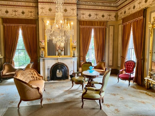 Fendall Hall parlor - Outdoor & Historical Things to Do in Eufaula Alabama