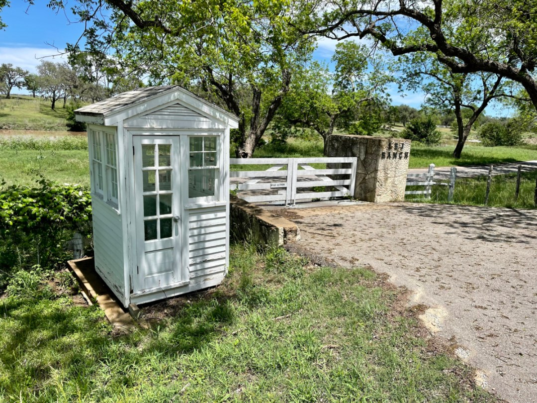 LBJ Ranch guard shack - Explore LBJ Ranch and the Texas Hill Country