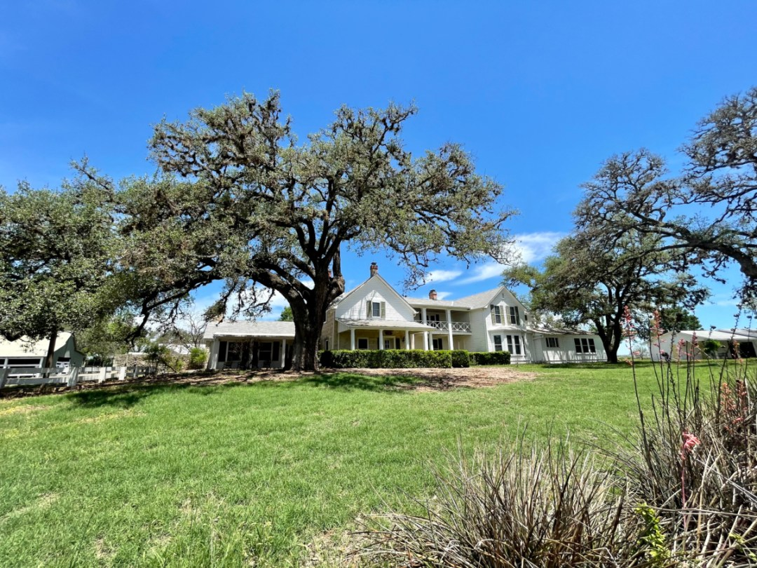 Texas White House front - Explore LBJ Ranch and the Texas Hill Country