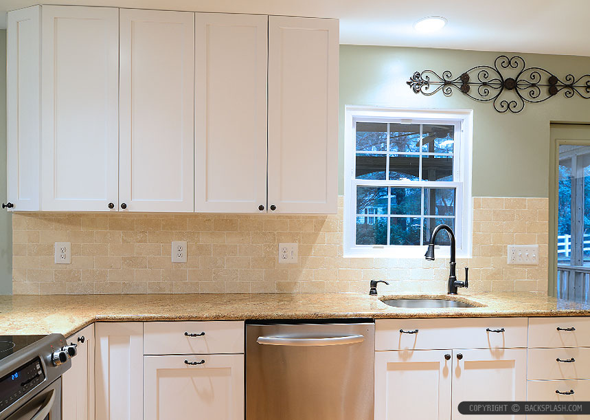 travertine kitchen backsplash pantry cabinet tile photos ideas gold granite countertop beige subway