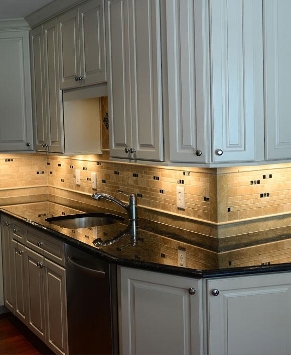 Light Ivory Travertine Kitchen Subway Backsplash Tile