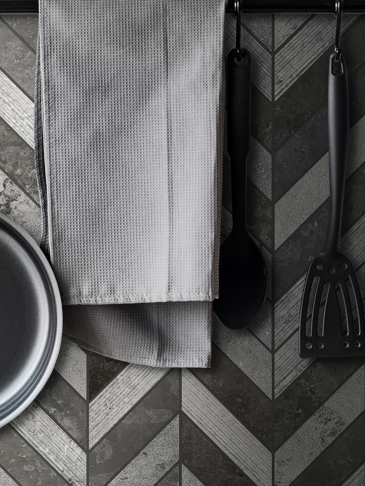 Black Gray modern limestone chevron mosaic backsplash tile BA631614