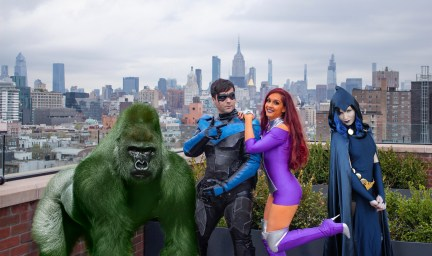 Nightwing and Titans Halloween Costume Photos and BTS