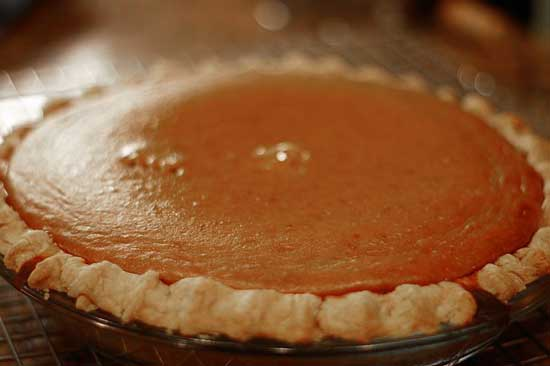 Homemade Pumpkin Pie with Gluten Free Pie Crust - www.BackToMyRoots.ca