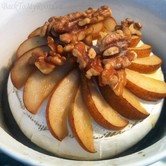 Baked Brie with Walnuts and Pecans - www.BackToMyRoots.ca