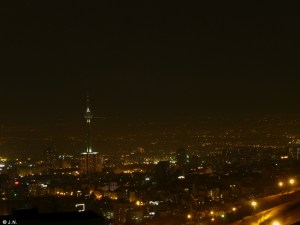 Tehran @ night - view from the dormitory @ Velenjak