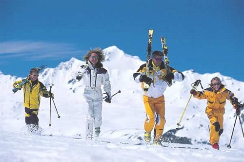 Наскучили песчаные пляжи: подходящая пора улететь Болгарию кататься на сноуборде!