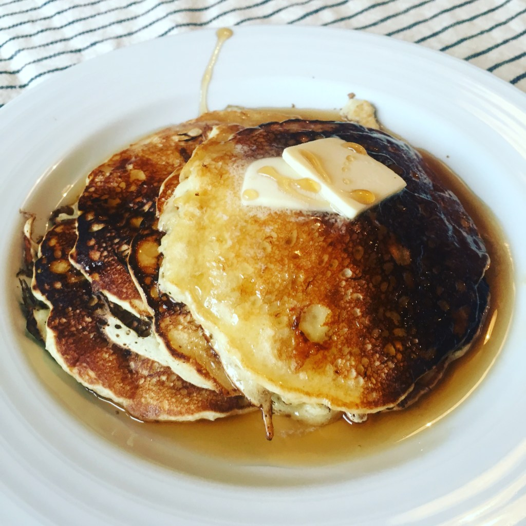 Banana-Bread-Pancakes_BackwardsNHighHeels