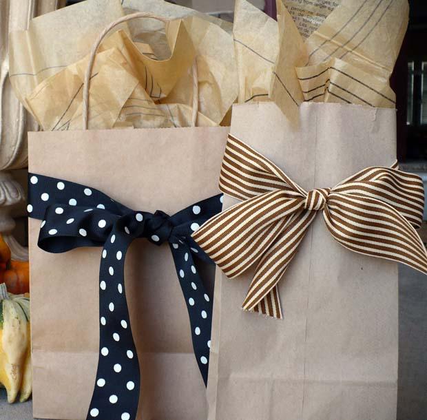 gift bag wrapping method