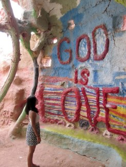 24 - salvation_mountain_niland_california