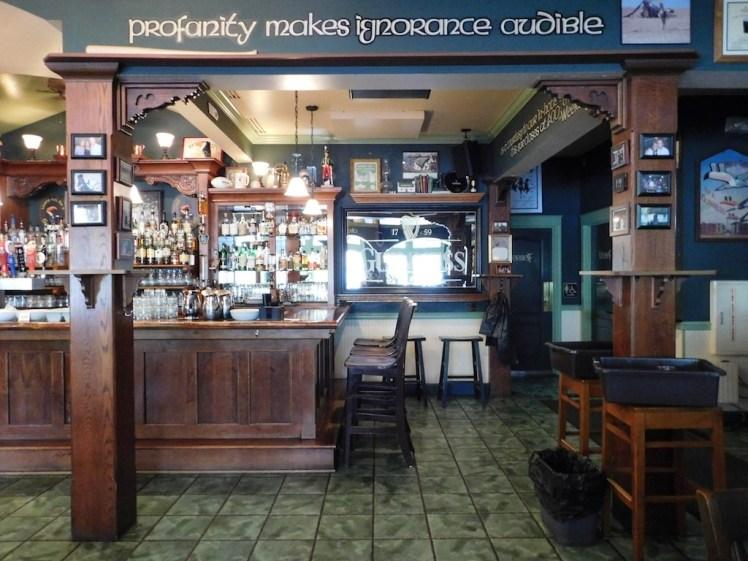 County Clare Irish Inn & Pub
