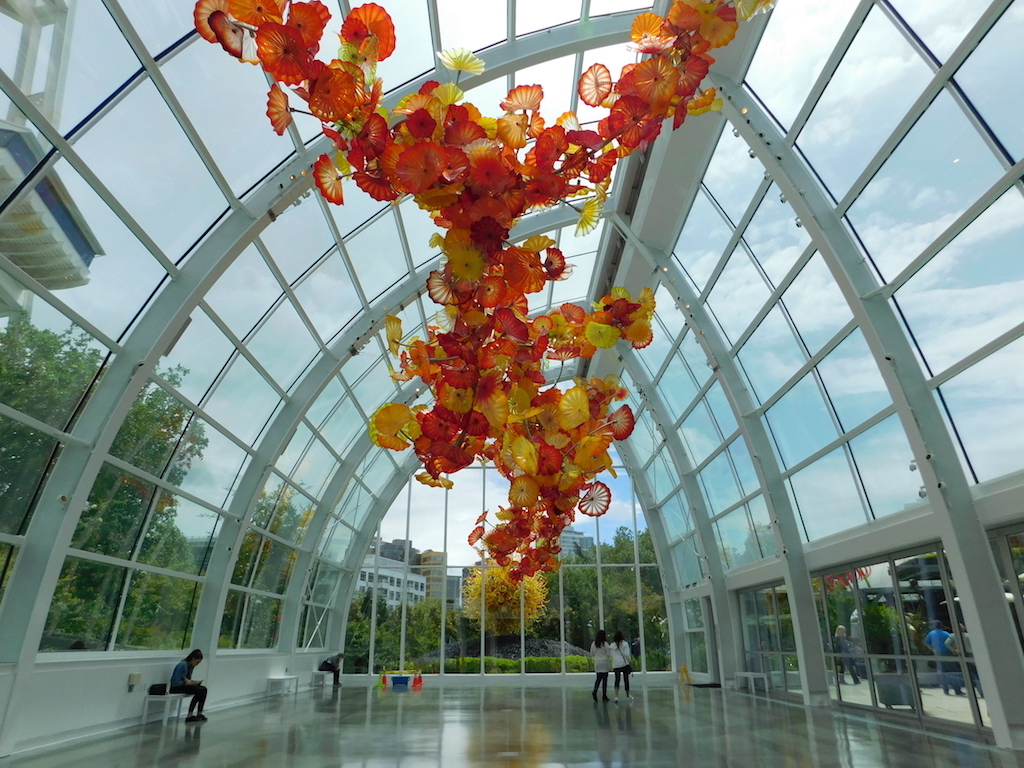 A Unique Experience And Art Exhibit At Chihuly Garden And Glass Backyard Destinations