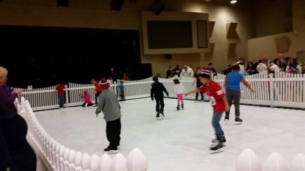 iceless-skating-rink-rental