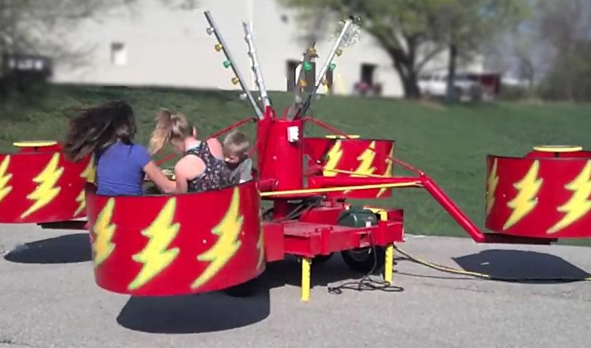 Tubs of Fun - Carnival Ride