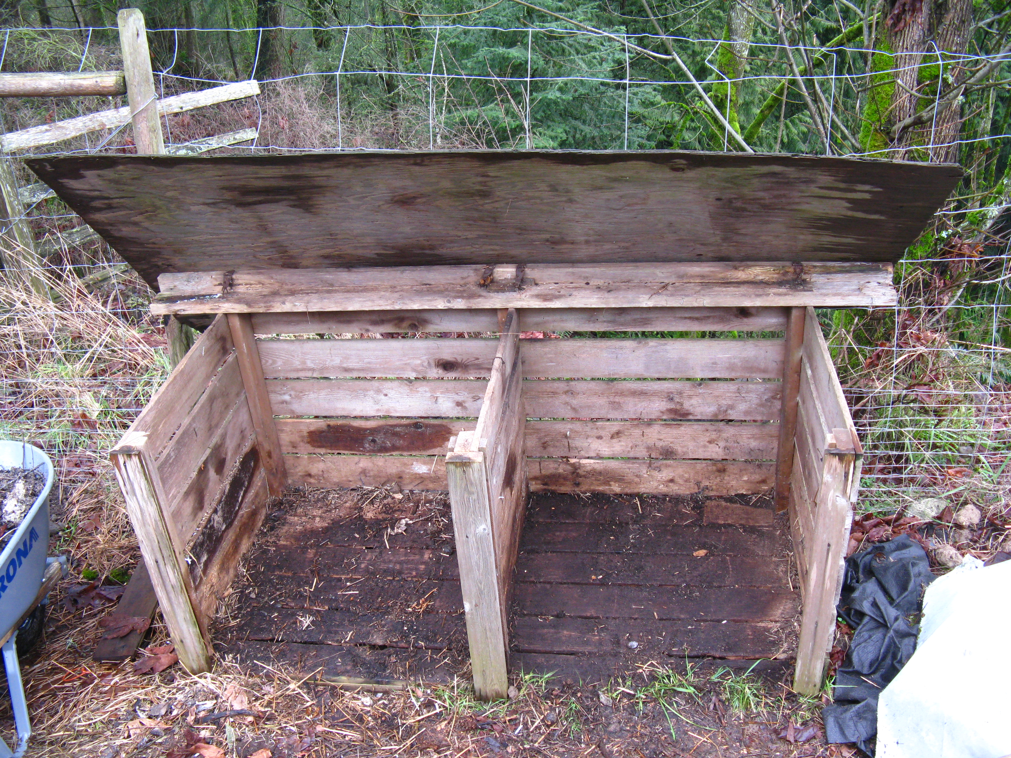 How To Build The Ultimate Compost Bin  Backyard Feast