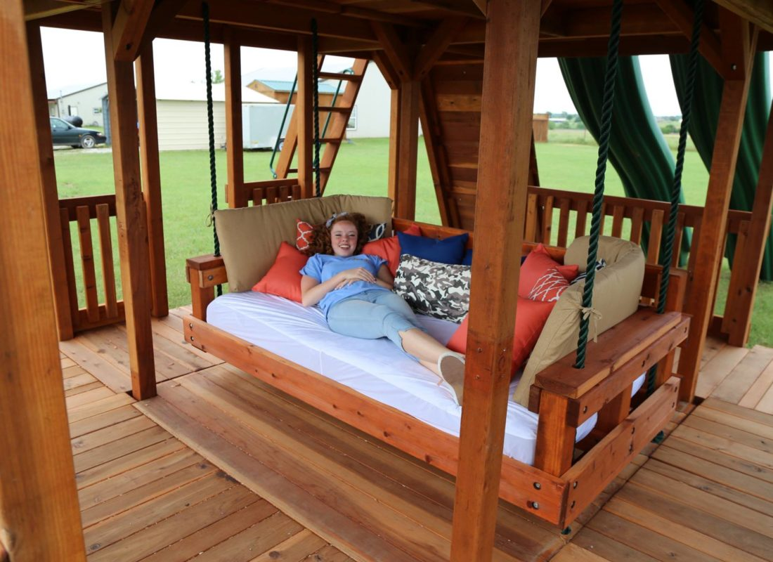 Best Outdoor Day Bed Swing | Backyard Fun Factory GW41