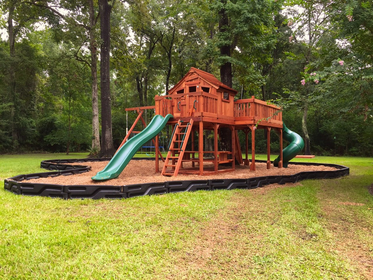 fort stockton, cabin, tree platform, tree house, picnic table, twister slide, wooden swing set, swing set, swings, slide, swing set for kids, kids, children, play, playground, playset, sets, accessories, backyard swing set