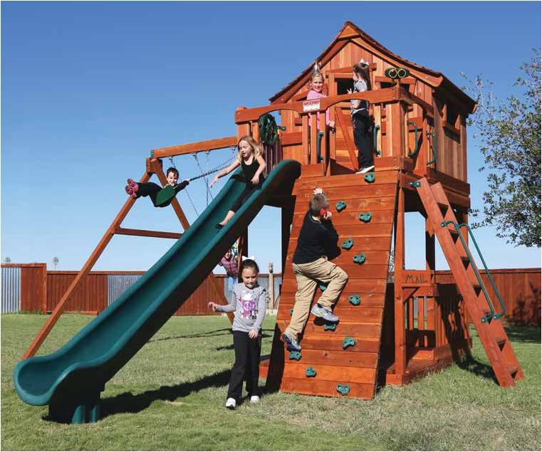The Fort Stockton Line Of Redwood Playsets Features A 6u0027 7u0027 Deck Height