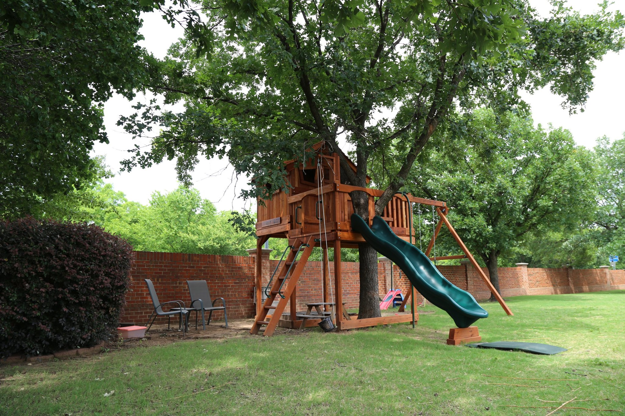 Kids Forts with Tree Decks | Backyard Fun Factory