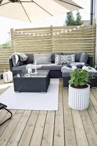 27 Cozy Small Backyard Deck Designs