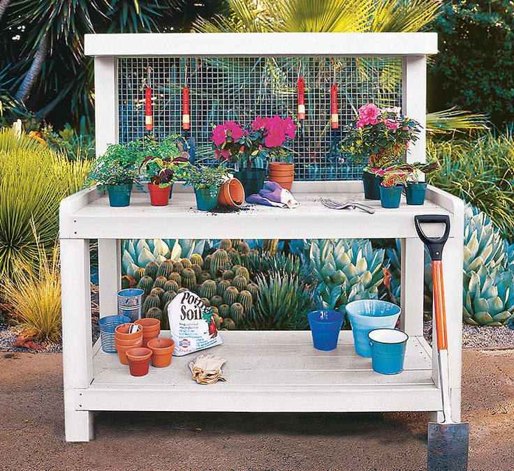 A Simple Guide to Making a Potting Bench from Pallets [DIY]