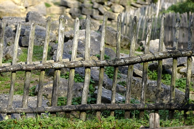 50 Amazing Garden Gates Ideas to Try Today {various materials and design} 15