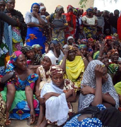 nigeria-mothers-abducted-girls_pic