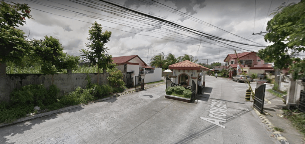 Lot For Sale in East Homes 2