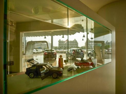 Liquid Interior - Honda Megatama Kapuk - Showcase