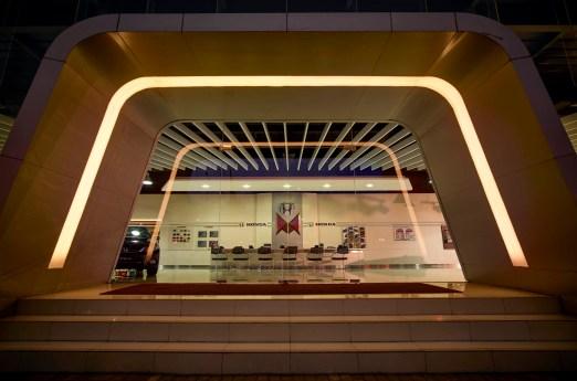 Liquid Interior - Honda Megatama Kapuk - Main Enterance