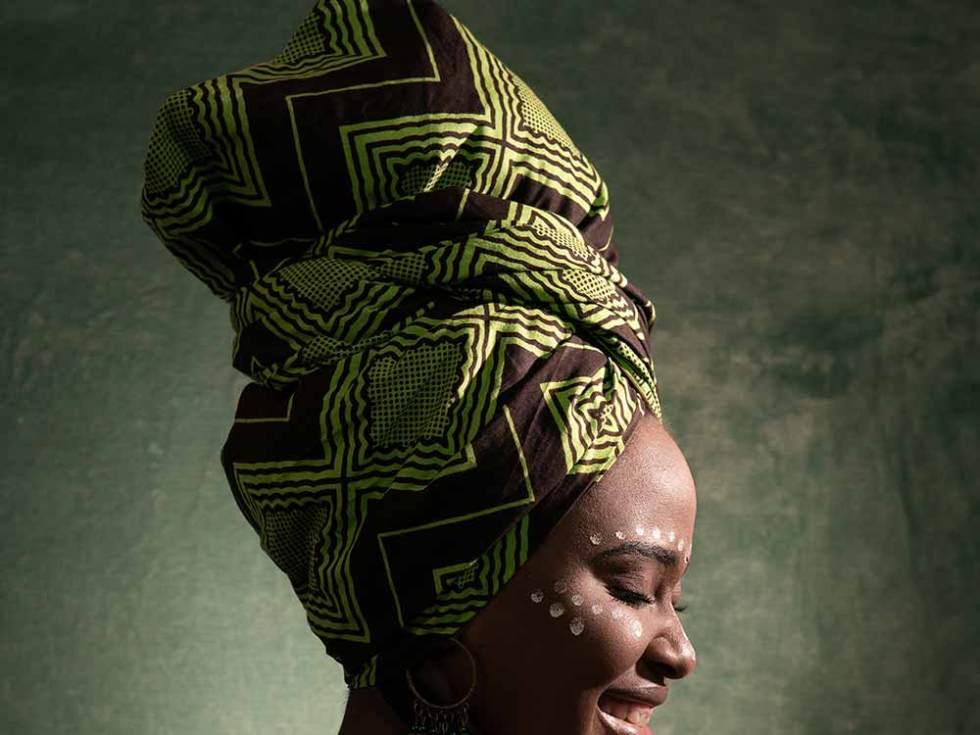 """""""La relation homme-textile en Afrique Noire"""", une conférence qui montre le textile au centre des sociétés africaines."""