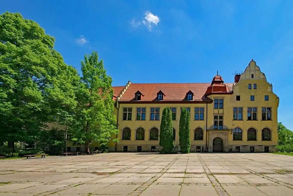Goetheschule Bad Lauchstädt - Pausenhof