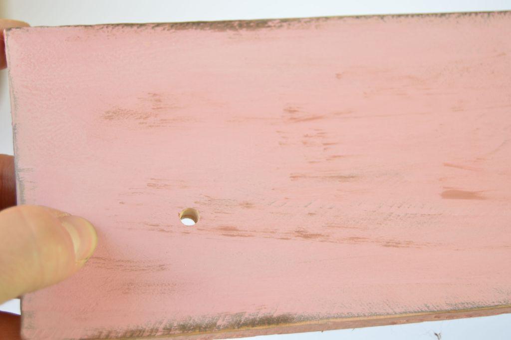 agujeros-en-madera-de-palet