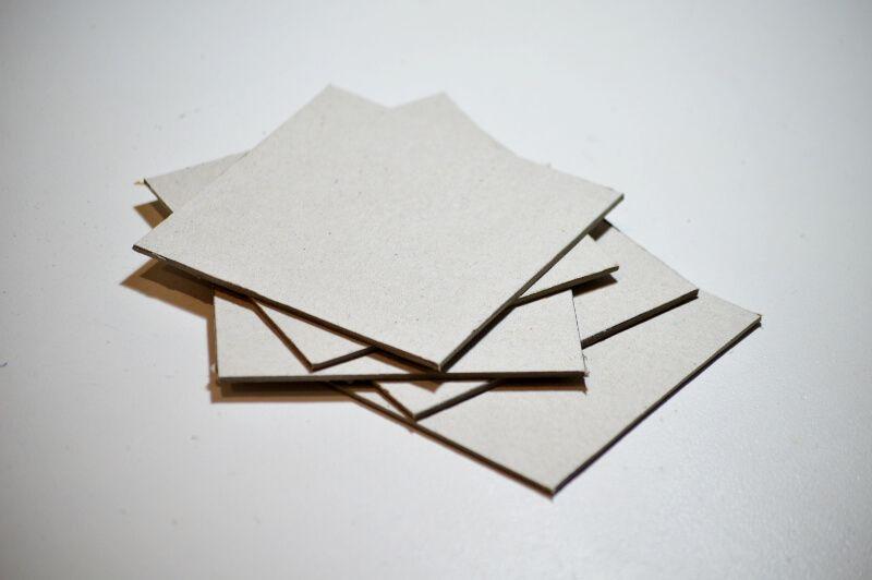 Carton contracolado