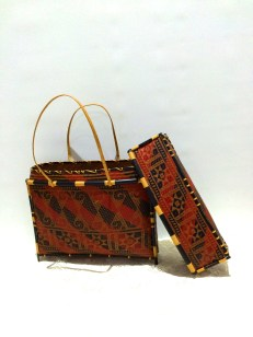 Sarawak Melanau Woven Bag - Red & black, with cover