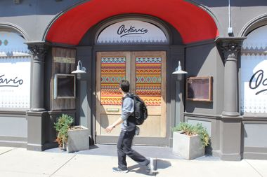 Octavio Cantina and Kitchen will replace Acre and Ombre on Clark Street, according to signs on the business.