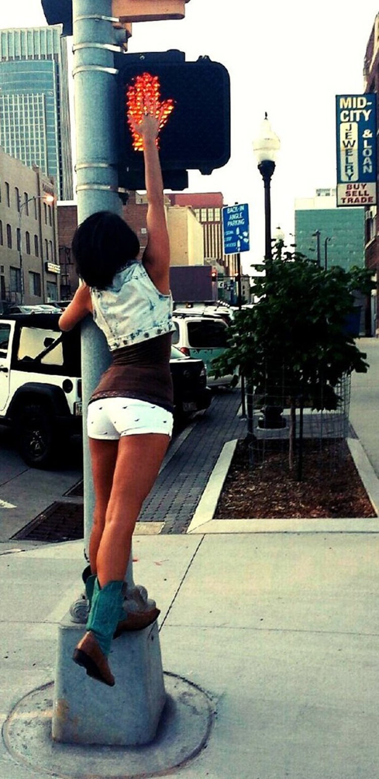 Girls In Shorts Remain Sexy Even In Winter Months-4362